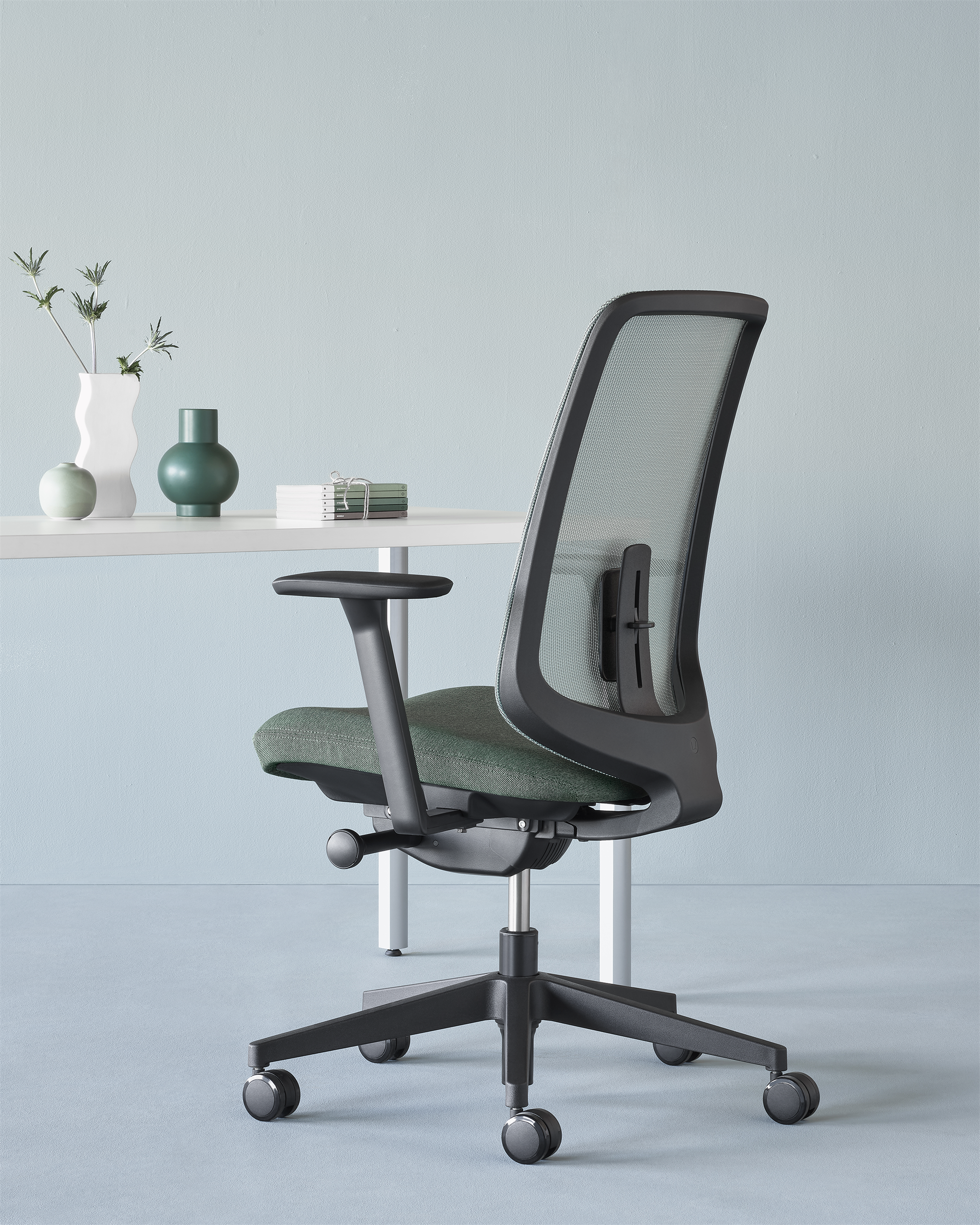 HERMAN MILLER VERUS HOME OFFICE